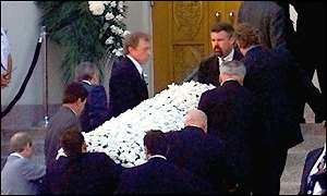Frank Sinatra´s Death Funeral Coffin