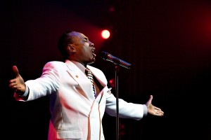 Dennis Rowland Singing